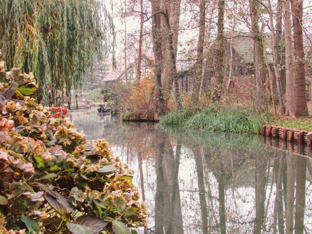 Osada Lehde późna jesienią