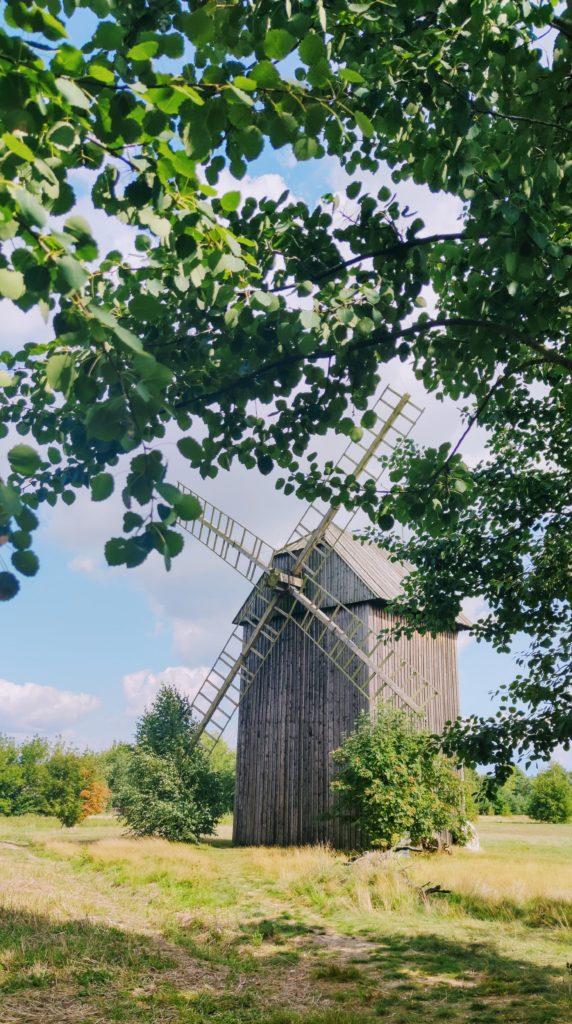 Drewniany wiatrak…